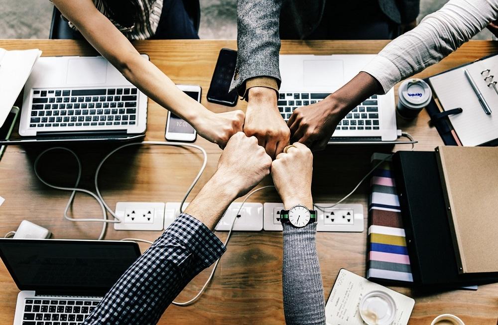 Tại sao bạn nên đi làm công ty thay vì làm freelancer